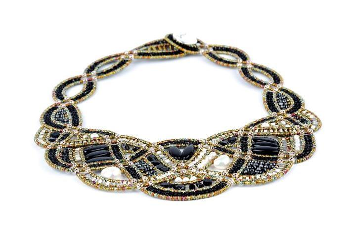 necklace-new-romance-black