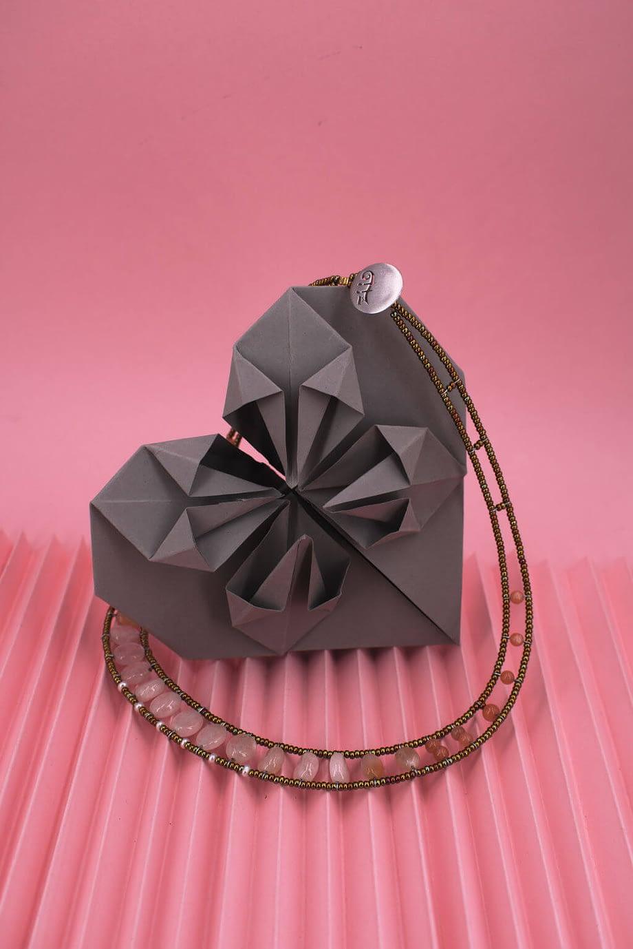 ziio-jewels-necklace-giro-morganite-1024x1534-2-c