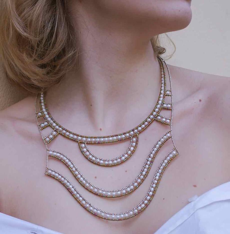 necklace Net pearl -Ziio Jewels indossata